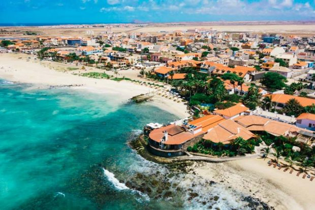 How much money should I take on holiday to Cape Verde?