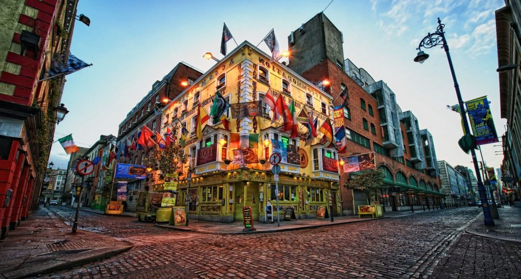 How much money should i take on holiday to Dublin?
