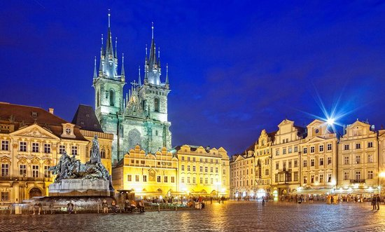 How much money should I take on holiday to Prague?