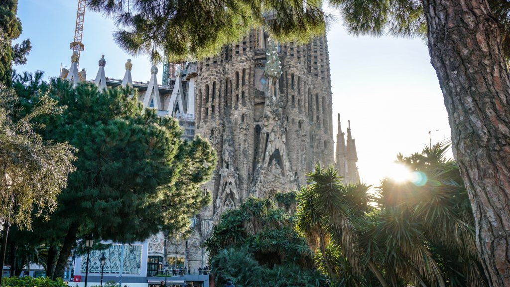 How Much Money Should I Take on Holiday to Barcelona?