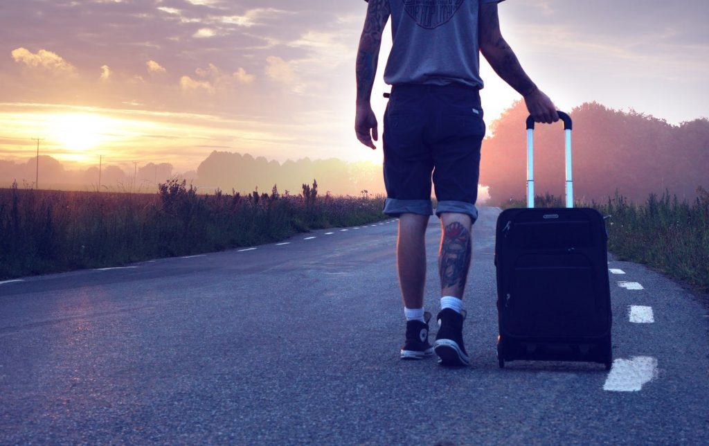 How Much Money Should I Take on Holiday Abroad for 1 or 2 Weeks?